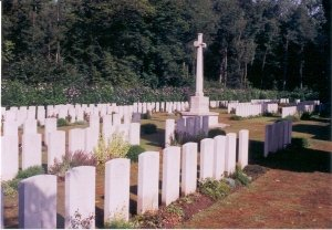 Aval Wood Military Cemetery