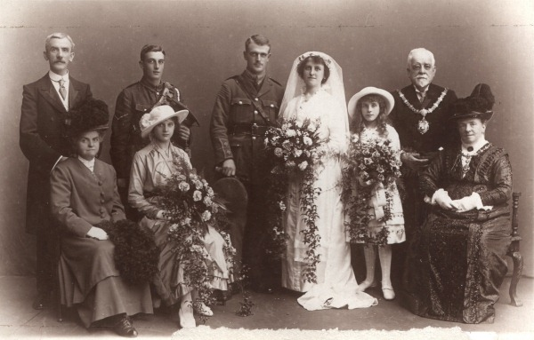 Family photograph at the wedding of Thomas Yates Harwood and Ida Bradley, September 1915